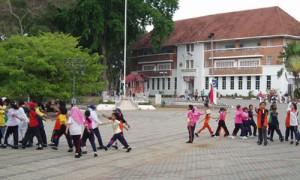 Melaka - Répétition procession école - Culture-Silat