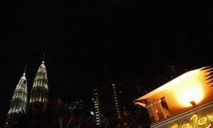 Kuala Lumpur - Tours Petronaz de nuit - Culture-Silat