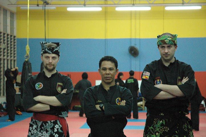 Penchak silat - Examen ceinture noire pencak silat seni gayung fatani malaysia