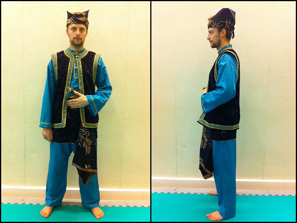 Tenue de pencak silat traditionnelle, style Seni Gayung Fatani