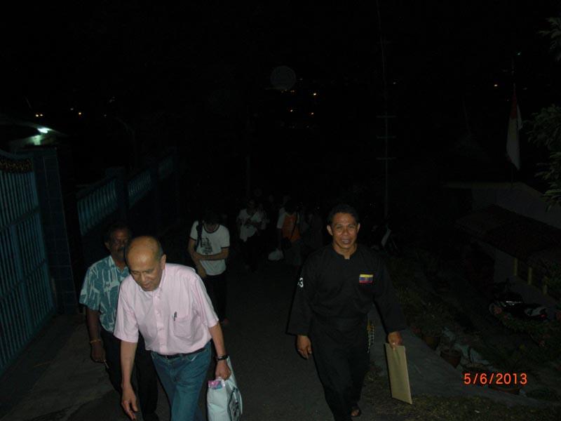 Carnet de stage Silat Fatani 2013 - retour à l'hôtel après les passages de grade de Penchak Silat Fatani