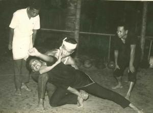 Penchak Silat - Entraînement de Pencak Silat Seni Gayung Fatani old school
