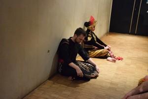 Cikgu Audy & Kadek Puspasari - Tari Silat & Jathilan (1)