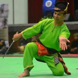 Cikgu Halim lors d'une compétition de Silat Seni