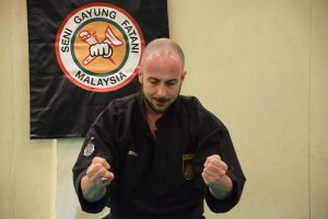 culture-silat-cours-de-pencak-silat-traditionnel-a-paris-novembre-2106-5