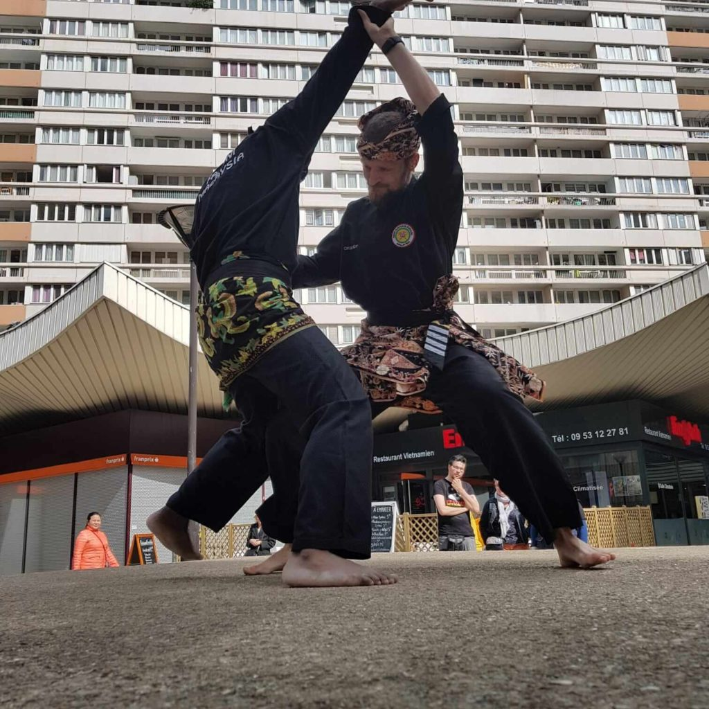Culture Silat - Démo Silat Seni Gayung Fatani Malaysia - Festival Arts Olympiades 2019 (13)