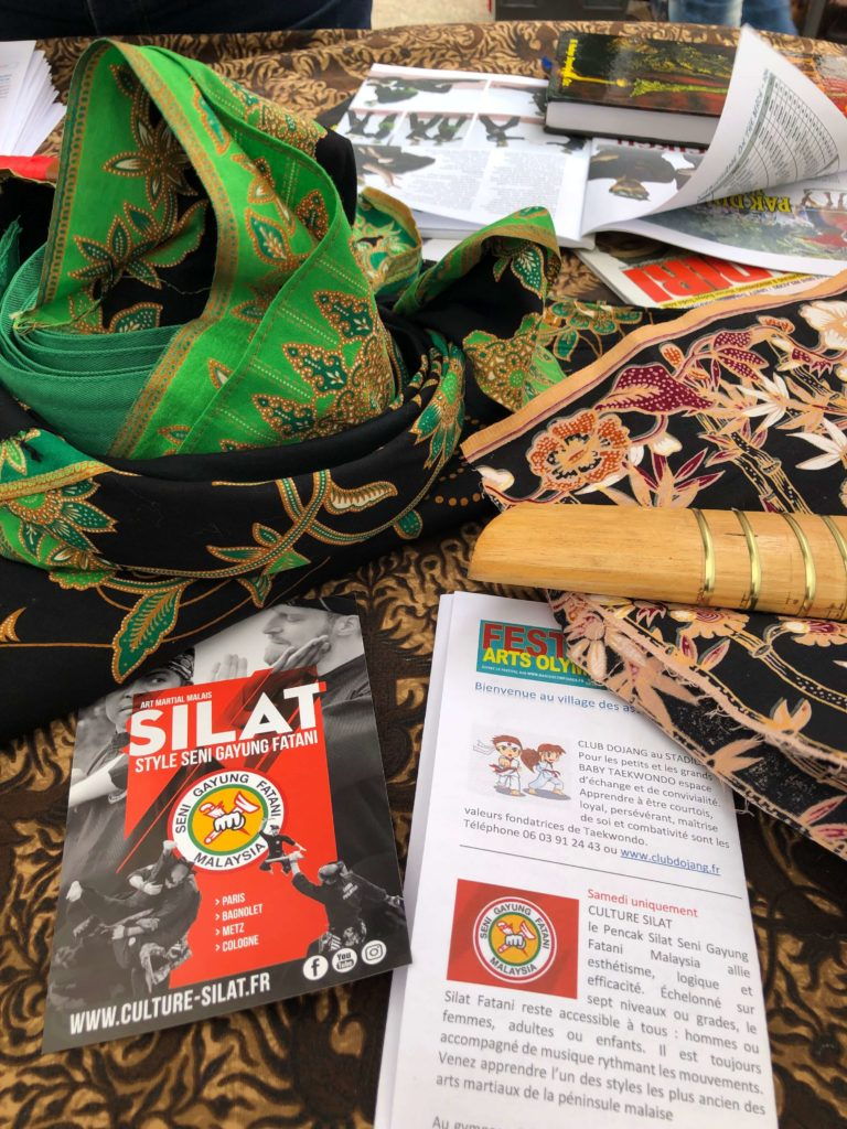 Culture Silat - Démo Silat Seni Gayung Fatani Malaysia - Festival Arts Olympiades 2019 (9)