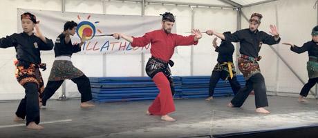 Culture Silat - Démo sur la scène du Famillathlon - 2019