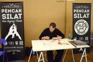 Stage de Pencak Silat traditionnel - Cikgu Audy signe les diplômes