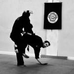 Pencak Silat - Accrochage coup de pied et balayage