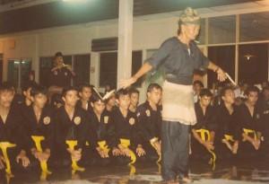 Penchak Silat - Guru Tua Pencak Silat Seni Gayung Fatani Pak ndak Embong