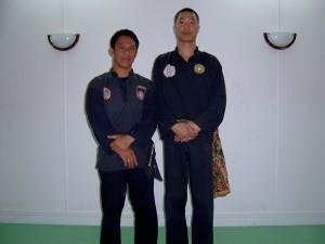 Cikgu Halim et Souv pendant le stage de Penchak Silat Seni Gayung Fatani Malaysia en 2003