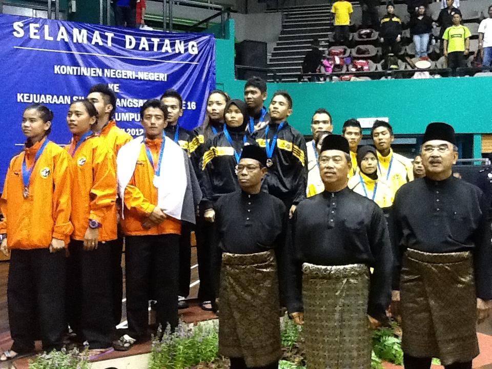 Pencak Silat Olahraga - Remise de médailles et hymne national