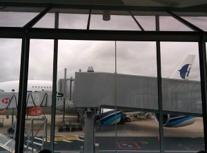 Notre avion nous attend
