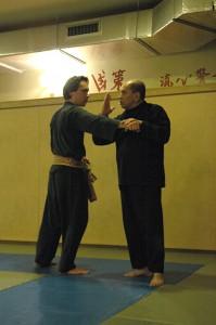 Penchak Silat - Maître Raban donne un cours