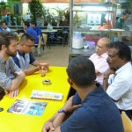 Carnet de Voyage en Malaisie 2014 - Premier repas chez Anjung avec Izhar et Raju