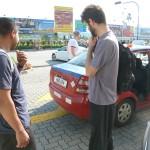 Carnet de Voyage en Malaisie 2014 - Mahéry a arraché une partie du coffre