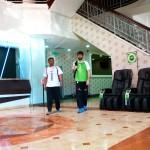 Carnet de Voyage en Malaisie 2014 - Matthias et Mahéry à l'heure pour le stage de Silat