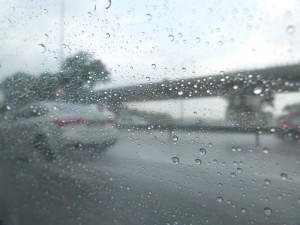 Trajet sous la pluie