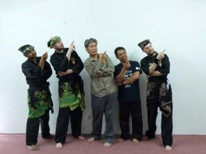 Photo de groupe avec Azlan Ghanie