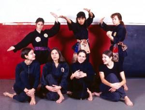 Penchak Silat - Anciennes élèves de Maitre Raban