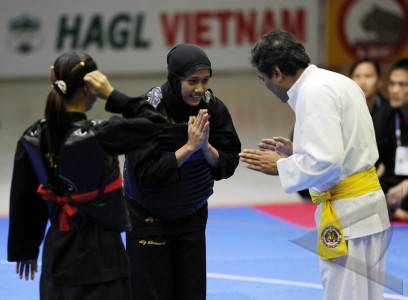 Pencak Silat - Wasit Jury pendant une compétition de penchak Silat olah raga