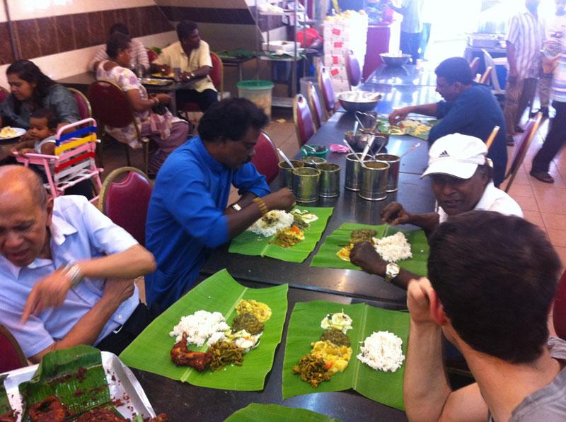Carnet de Stage Silat Fatani 2013 - Repas du midi chez Sri Pandi